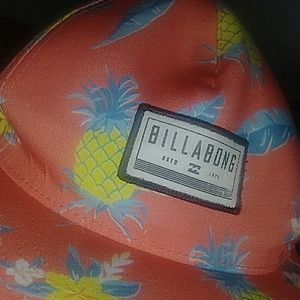 This is a brand new billabong throw back hat